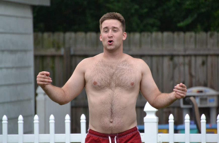 Why Do Girls Like Dad Bods?